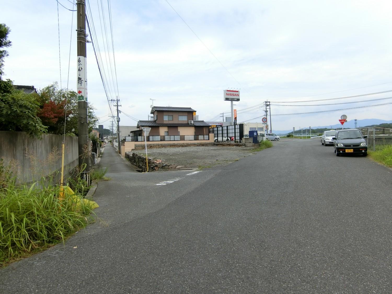 東南側公道