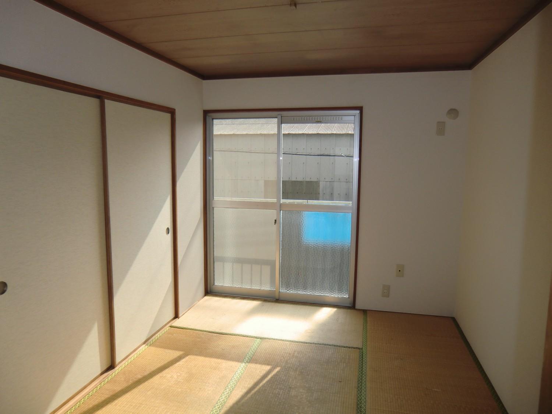【和室6帖】大きな窓・バルコニーです