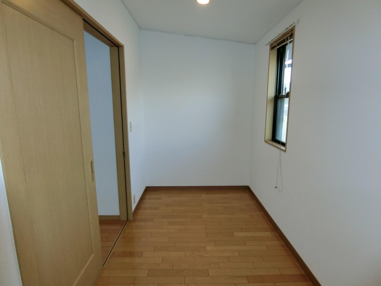 2階 4.5畳 納戸