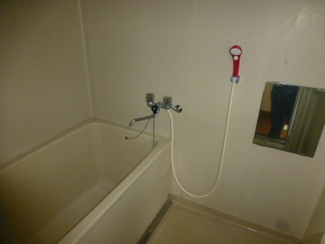 2階 ユニットバス浴槽