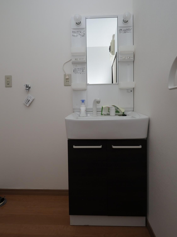 ☆洗面化粧台☆室内洗濯機置場