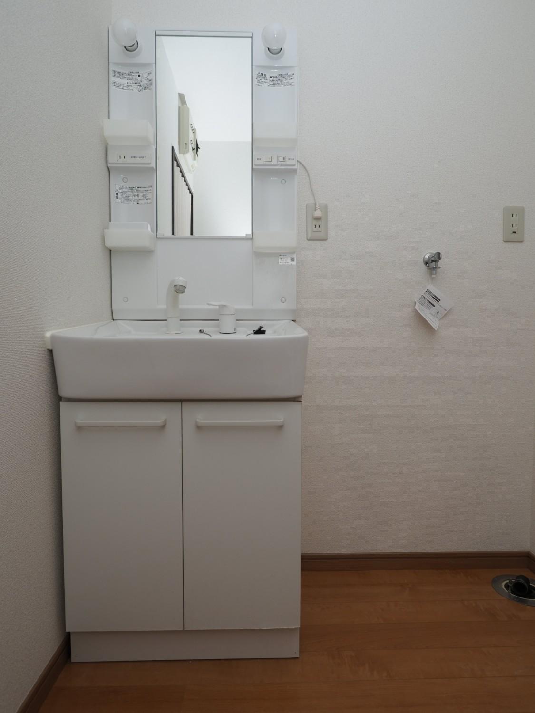 ☆洗面化粧台・室内洗濯機置場☆