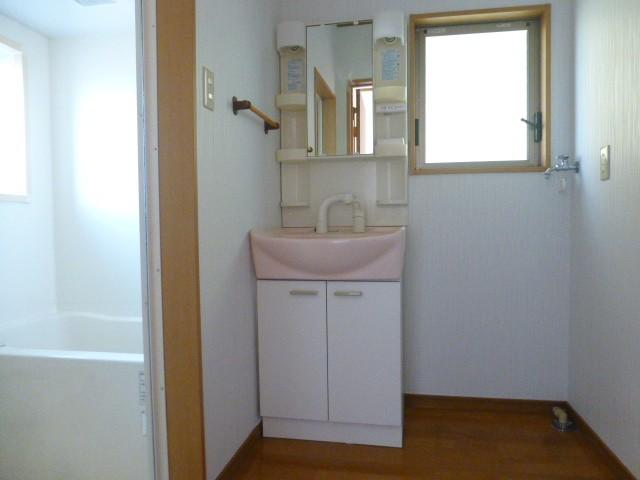 ☆室内洗濯機置きあり☆人気の設備・シャンプードレッサー付き♪