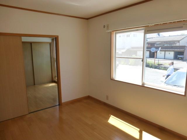 洋室1(玄関右横)