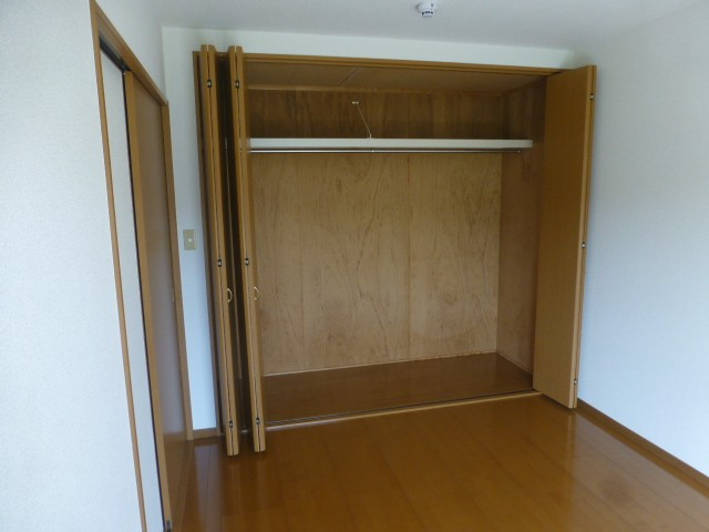 2F クローゼット収納(洋室)