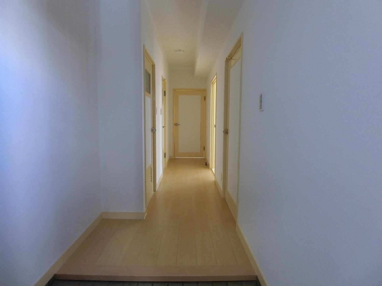 玄関→廊下