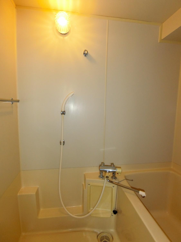 温度調節可能なサーモ式シャワー