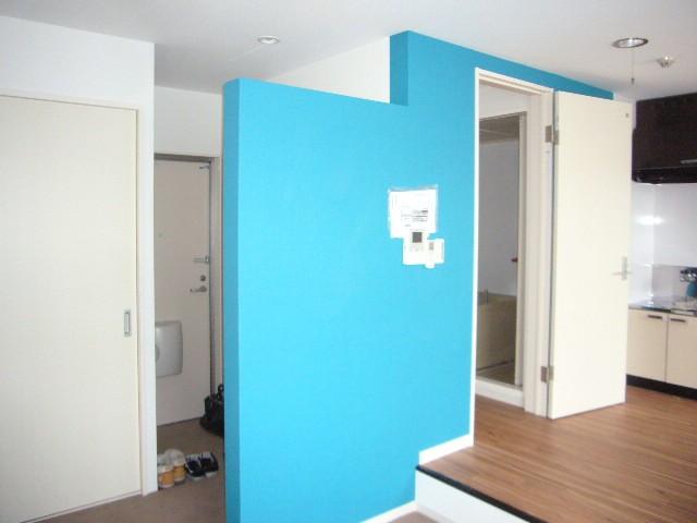 爽やかなブルーがアクセントのお部屋です♪
