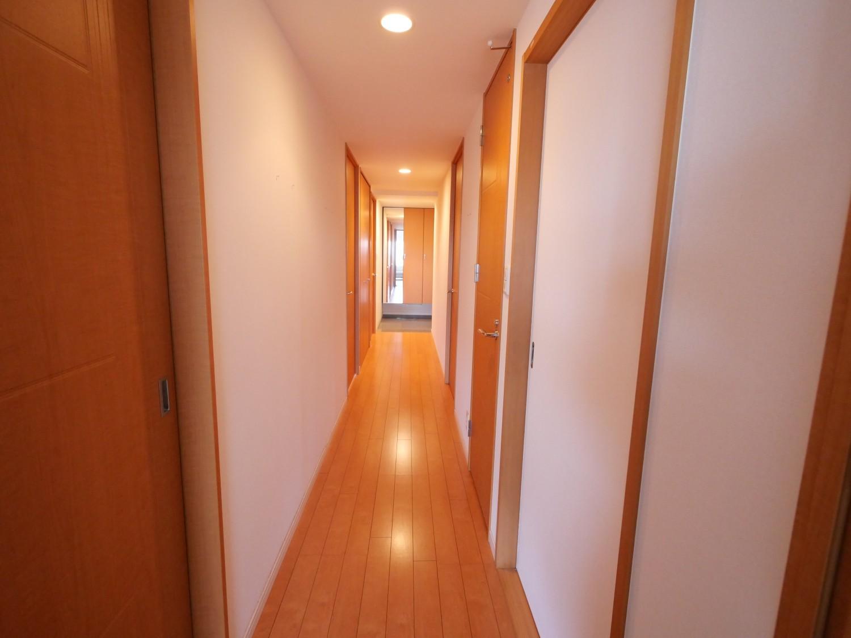 廊下(リビング→玄関)