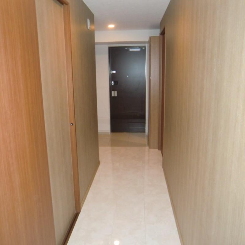廊下→玄関です。