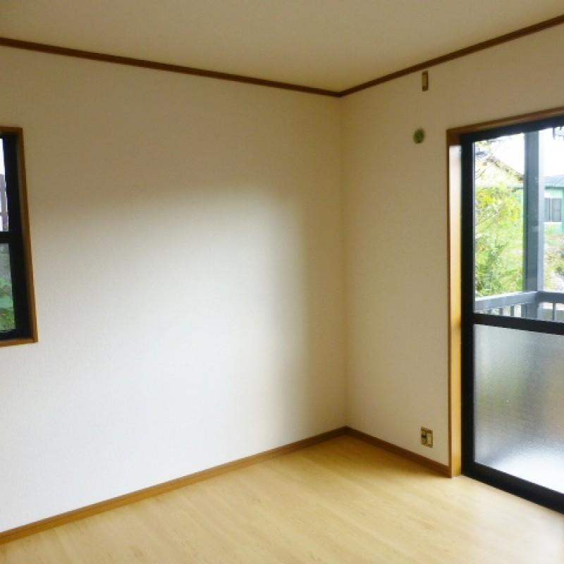 2面窓で明るいお部屋