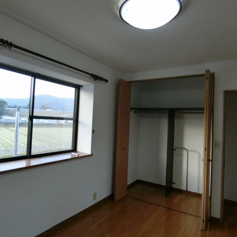 2階 5畳 洋室・クロゼット