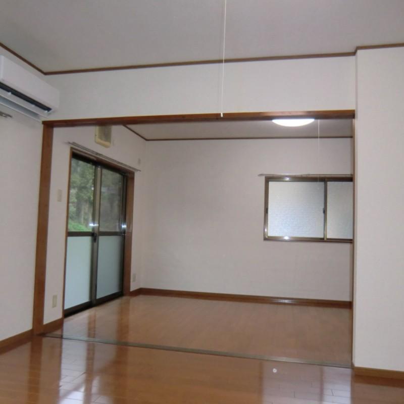 DK→洋室A扉を開くと広々空間が使えます