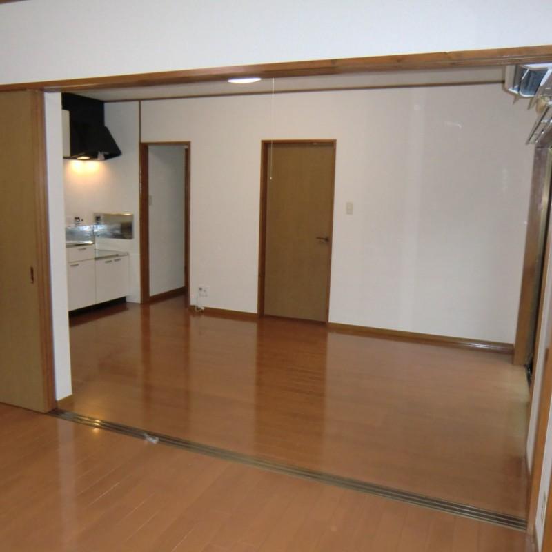 洋室A→DK扉を開くと広々空間が使えます