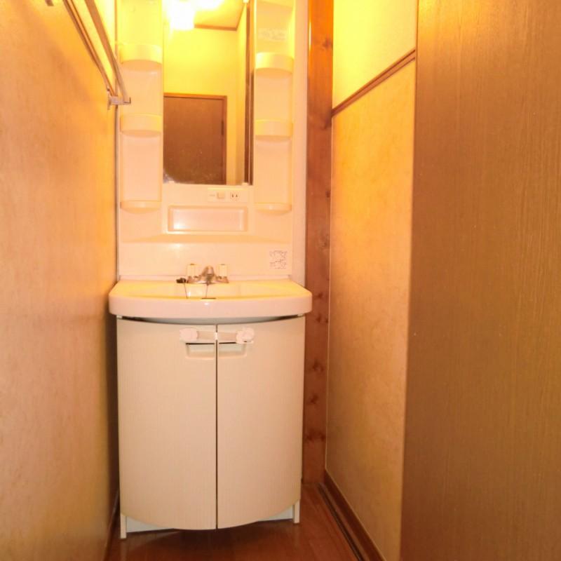 独立した洗面スペースです