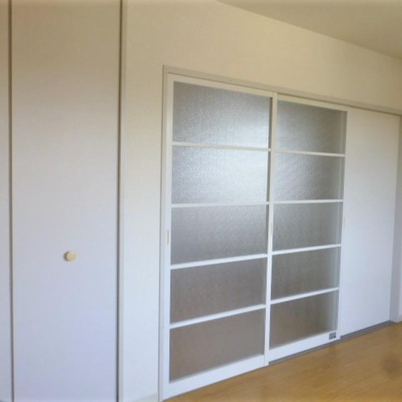 ベランダ側洋室は使い方色々、生活シーンに合わせてご利用下さい。