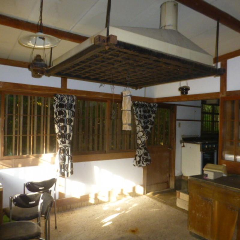 ③建物(南側)囲炉裏部屋