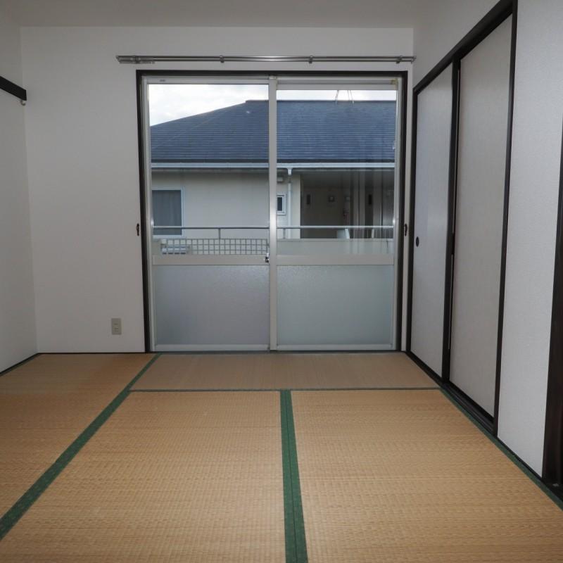 落ち着きのある和室があると、くつろげますね♪
