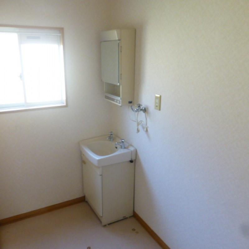 室内洗濯機置場も完備
