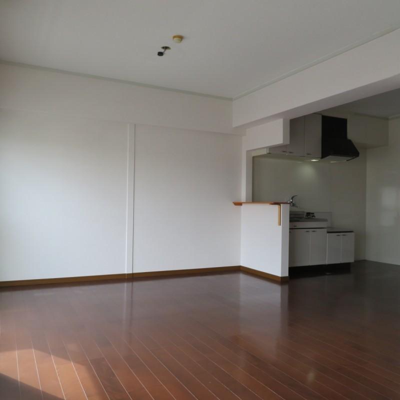 キッチンと生活空間を分けることができます