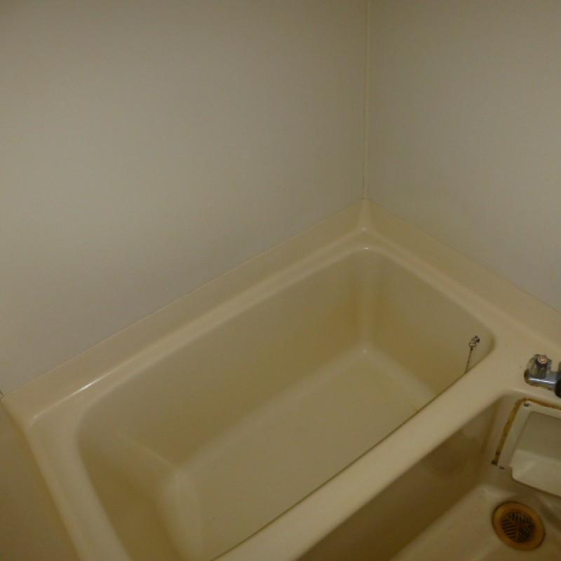 お風呂はくつろぎの空間、一日の疲れを洗い流して下さい♨