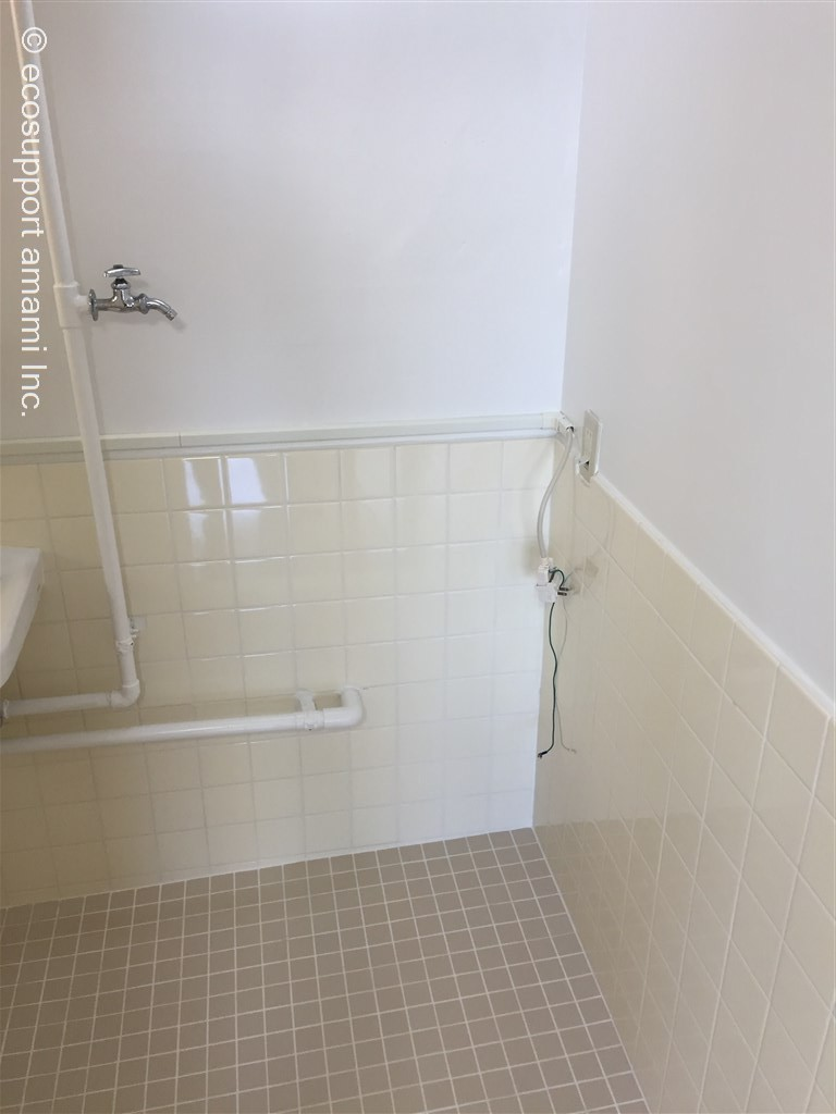 洗濯機置場は浴室内です