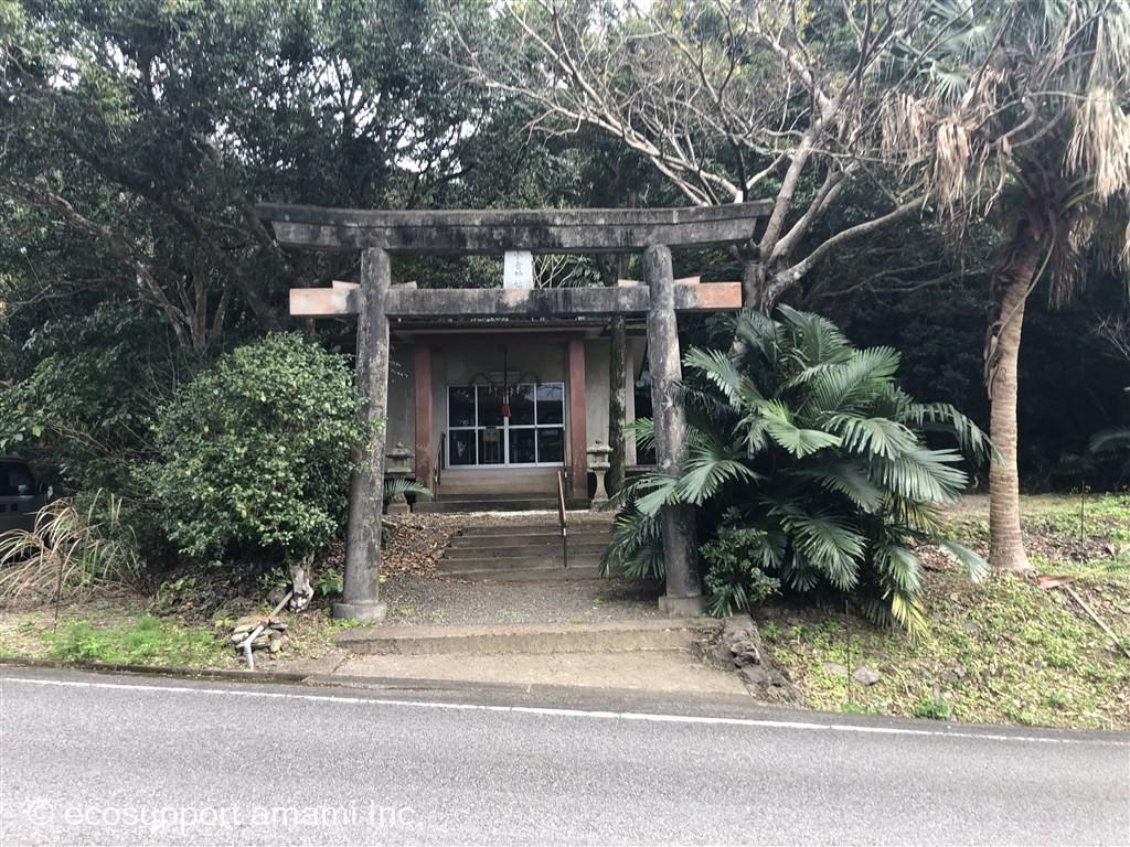 近隣-敷地東側神社