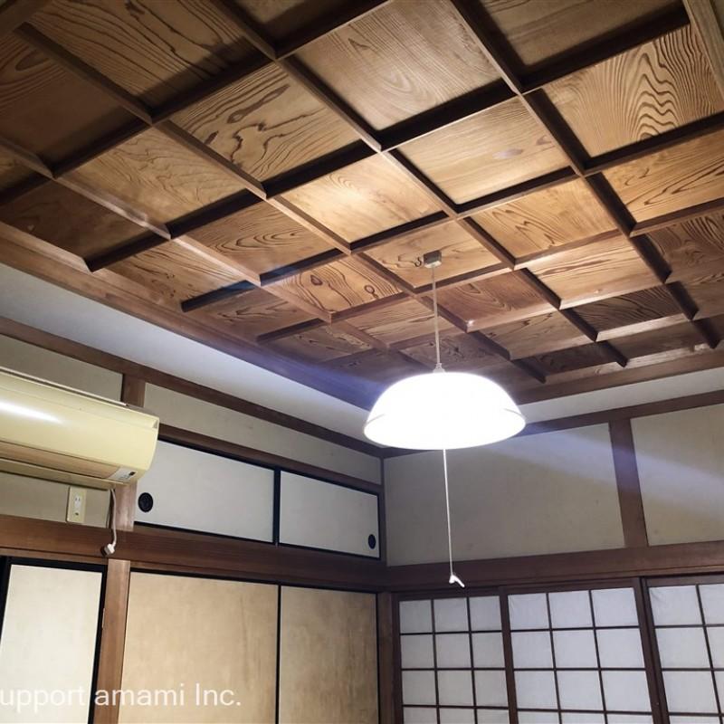北側和室天井・照明・エアコン