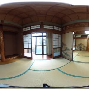 和室(東側)より