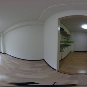 キッチン側、洋室