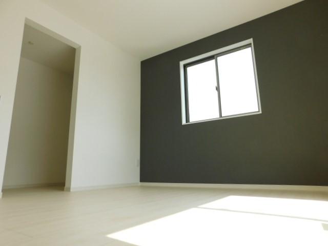 2階洋室A左はウォークインクローゼット