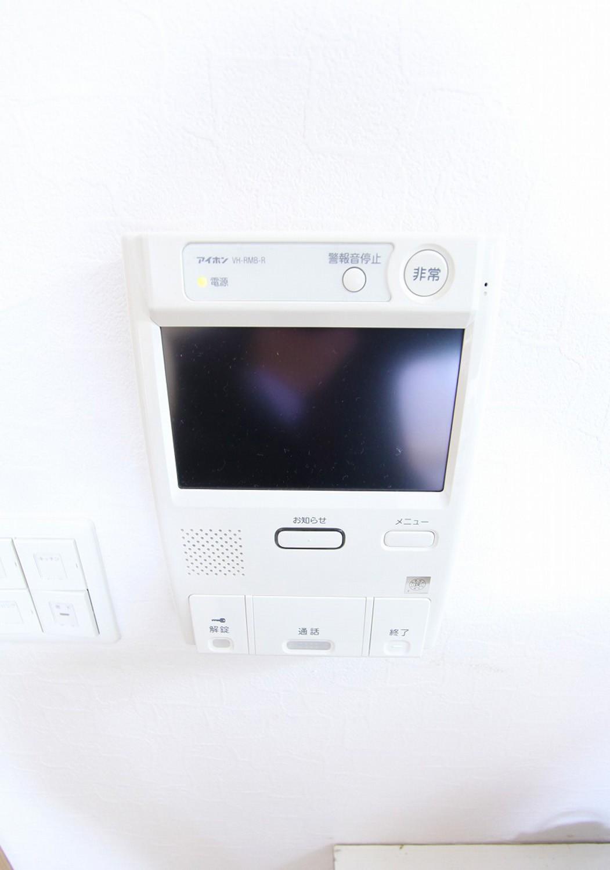 その他設備 [ 閉じる ] ≪ その他設備 安心のテレビモニター付きインターホン。
