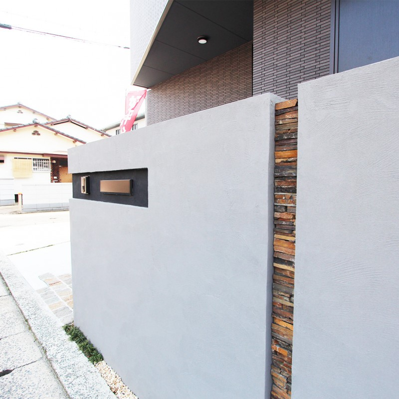 他とは違う、おしゃれな建物外壁。
