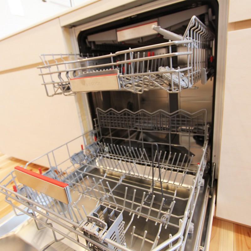 大容量で洗浄力の高さが人気のBOSCH製食洗器。