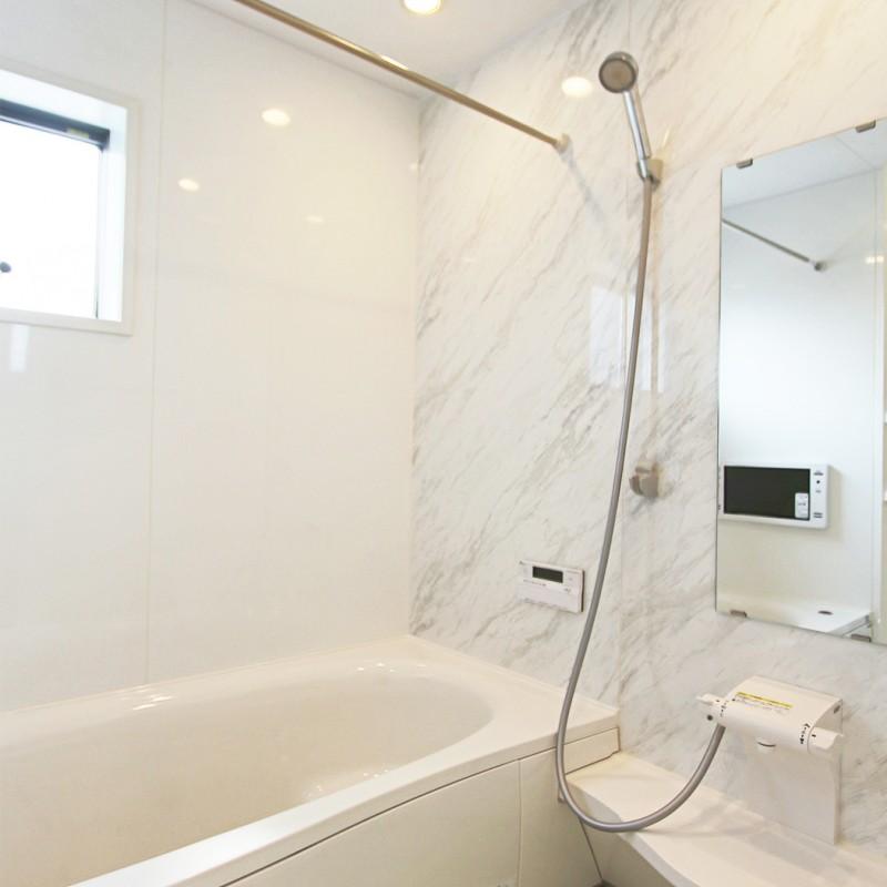 浴室乾燥、暖房機はもちろん、テレビ付きのお風呂です。