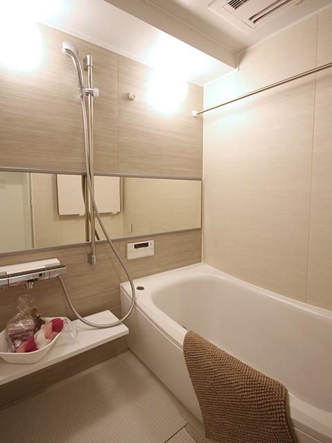 浴室暖房乾燥機つきで快適です♪