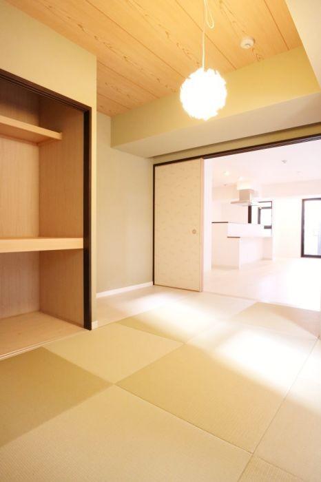 琉球畳がポイントの和室はおもてなしにもぴったりです☆
