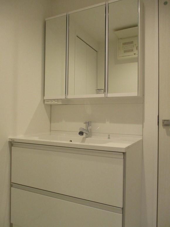 洗面室も新規交換済みで気持ちよくお使いいただけます☆