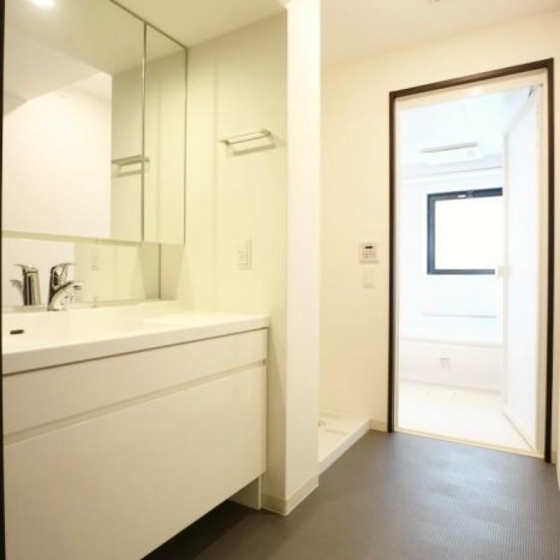 洗面所もゆとりある空間で身支度が楽しくなりそうですね♪