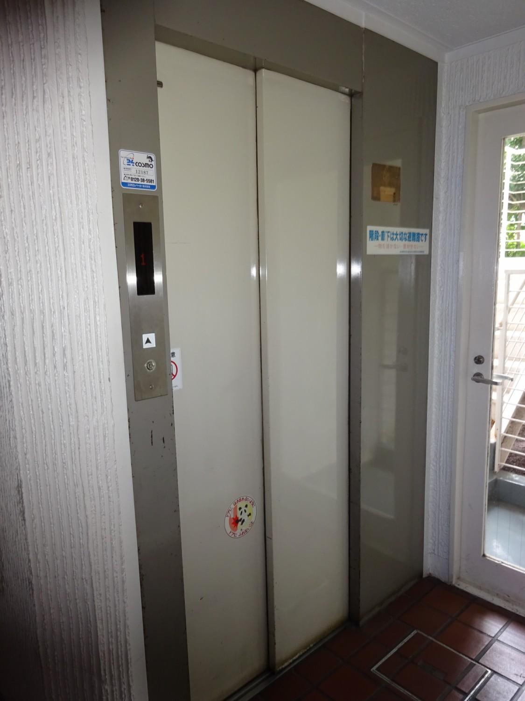 エレベーター2基ー2