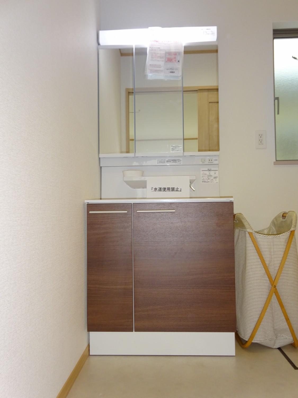 シャワー水栓洗面台