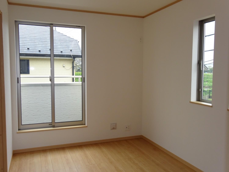 2階西側洋室5.5帖