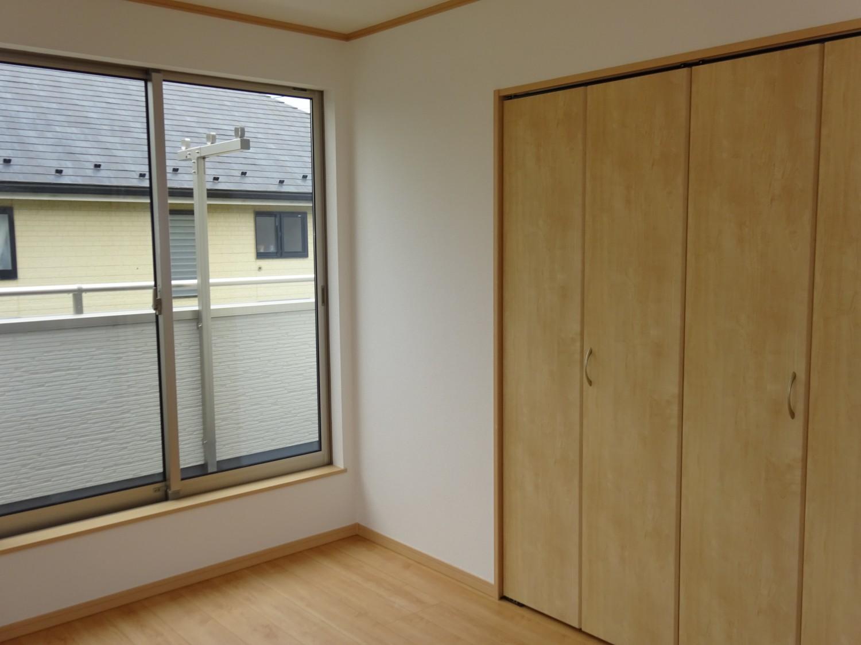 2階東側洋室6.5帖