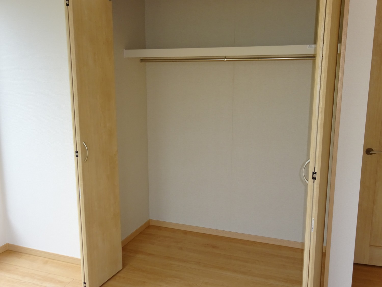 2階東側洋室6.5帖 収納