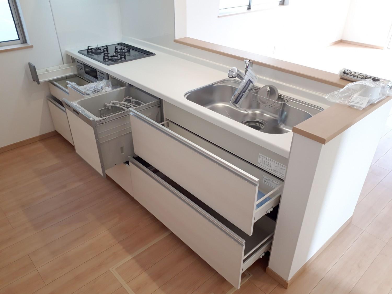 食洗機つきオールスライド収納