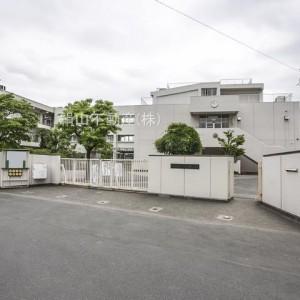 狛江第一小学校