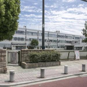 狛江第五小学校(徒歩4分)