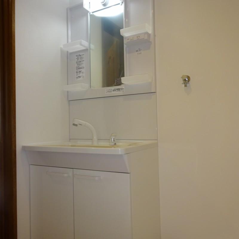 新規シャワー水栓洗面台
