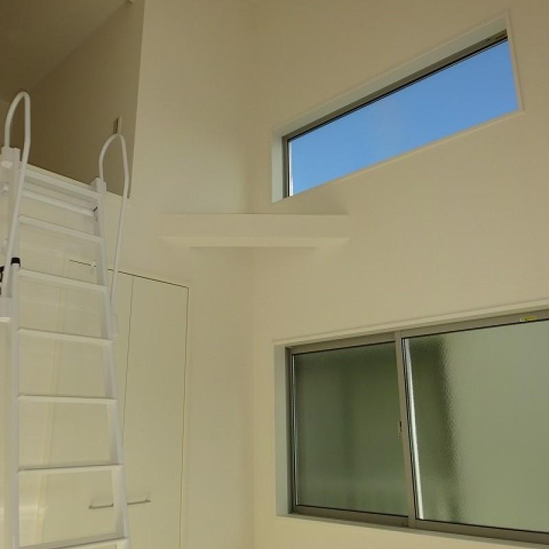 2階洋室4.5帖 2面採光