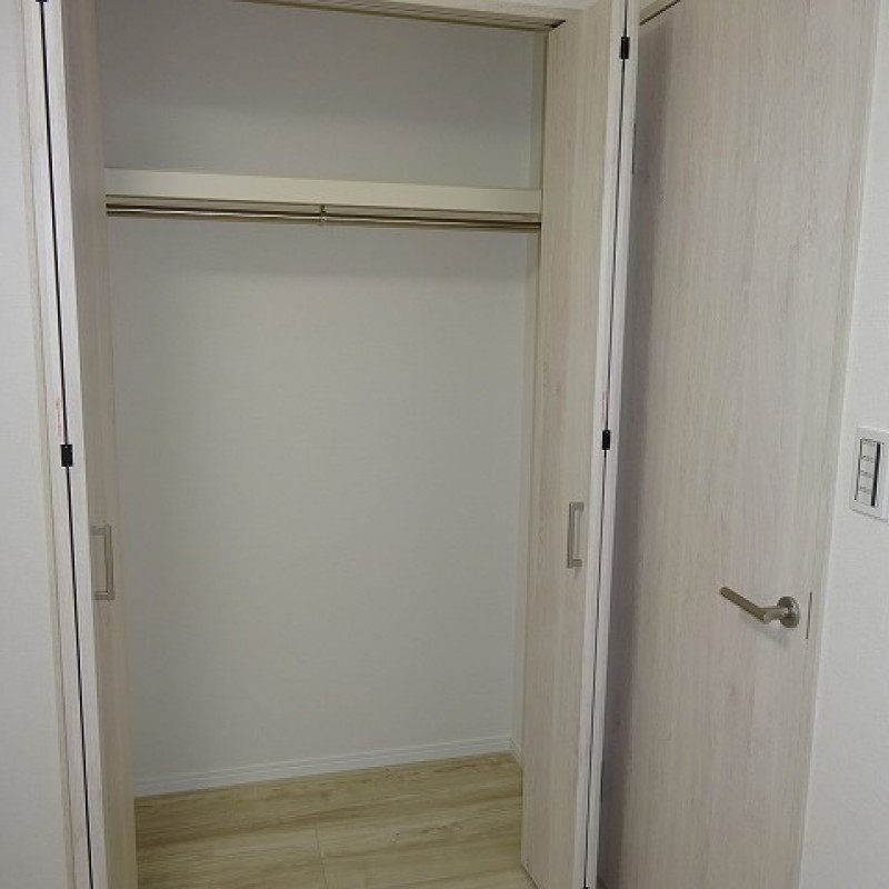 納戸表記 洋室約5帖 収納